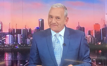 ABC newsreader Ian Henderson was happy to retire at 65.