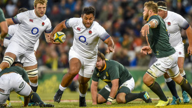 Billy Vunipola charges through South Africa.