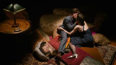 Tom Schilling and Meret Becker in <i>Fabian: Going to the Dogs</i>.