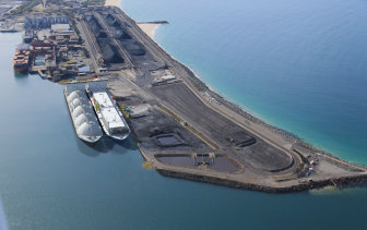 A photographic impression of the Port Kembla LNG terminal.