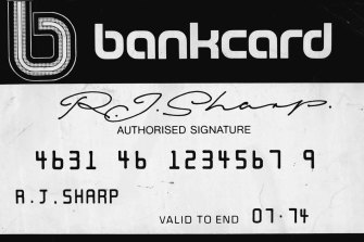 An example of the new Bankcard, released in a 1974 trial..