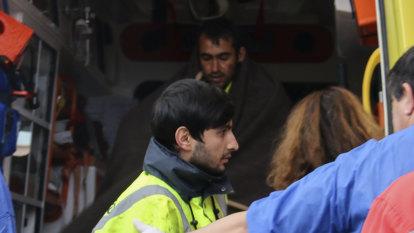 Migrants drown as boat sinks off Greece