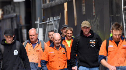 No distance between unions, bosses on improving building site hygiene