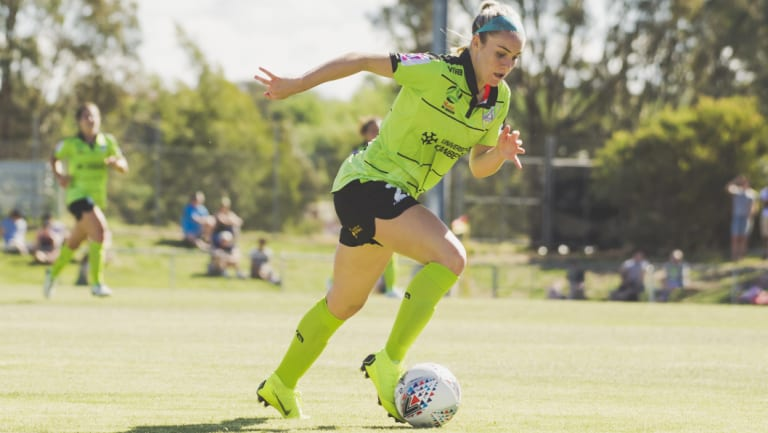 Ellie Carpenter scored the controversial goal against the Wanderers.