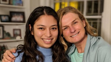 Sydney mother and daughter team Clara and Louise co-authors of Quitting Plastic.
