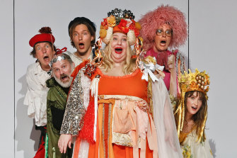 Left to right:  Robert Menzies, Glenn Hazeldine, Sean Keenan, Bessie Holland, Katherine Tonkin and Esther Hannaford in the 2019 STC/MTC revival of Cosi.