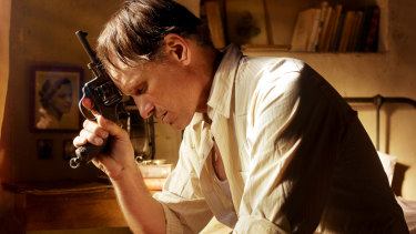 Viggo Mortensen in Far From Men.