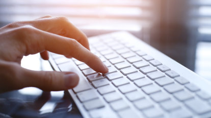 Teachers ill-equipped to teach keyboarding skills amid NAPLAN concerns