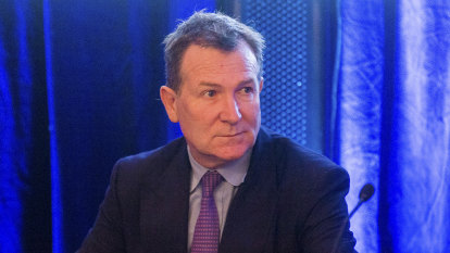 'Business as usual': Mark McInnes steps down from Solly Lew's Premier Investments