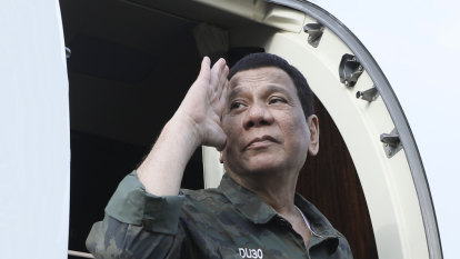 Philippines' Rodrigo Duterte rejects loans from critics of drug war