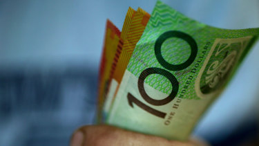A controversial ban on cash purchases over $10,000 is set to pass Parliament despite unrest among government MPs.
