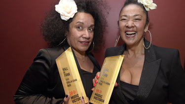 2019 Hall of Fame inductees Vika and Linda Bull at the Music Victoria Awards.
