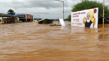 Monsoon 'fury' batters India, leaving more than 100 dead