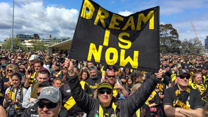 Punt Road sea of yellow and black as fans cheer Richmond premiership winners