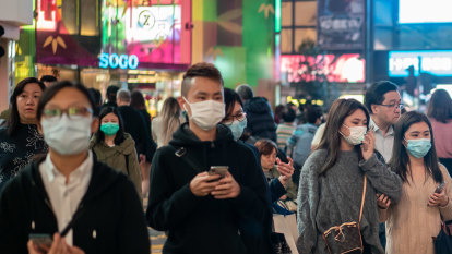 China locks down two more cities to stop coronavirus spreading