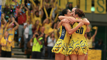 The Sydney Swifts winning the 2006 grand final in their yellow dresses.