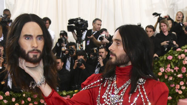 Stimulating conversation: Jared Leto and his severed head at the Met Gala.