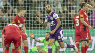 Diego Castro of Perth Glory celebrates his goal during the A-League semi-final 1 between Perth Glory and Adelaide United.