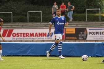 George Timotheou playing for Schalke.