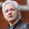 Bob Carr sends warning over attempt to extradite Julian Assange
