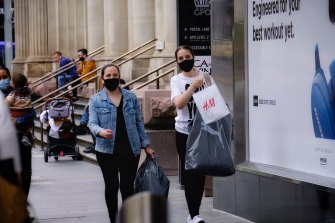 Shoppers return to the streets in Melbourne last week after restrictions lifted.
