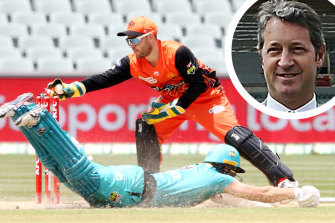 Action from the Australia Day clash between the Scorchers and Heat. Inset, SACA president Andrew Sinclair.