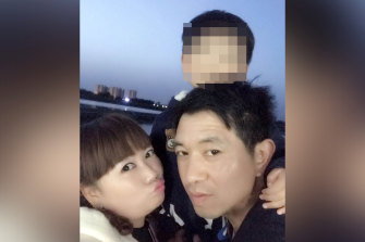 Lihong Wei (left) with her son and husband Xiaojun Chen (right) who died in Sydney in a motor vehicle incident while working for delivery company Hungry Panda.