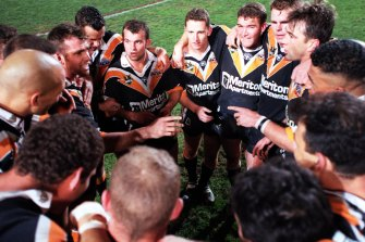 Wests Tigers players during their first season as a club in 2000.