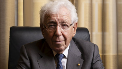 'We all know what needs to be done': Frank Lowy on keeping Australia 'at the top end of the ladder'