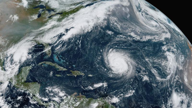 La temporada de huracanes del Atlántico de 2020 es tan intensa que se acabó el nombre de las tormentas y luego se formaron dos tormentas más.
