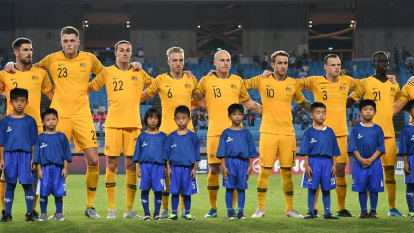 Socceroos to discuss Qatar World Cup human rights protest