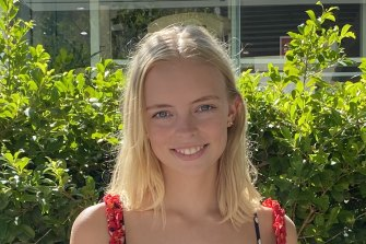 Emma Witts, 18, will start the first year of a bachelor of business degree at UTS this year and has chosen to attend campus two days a week.