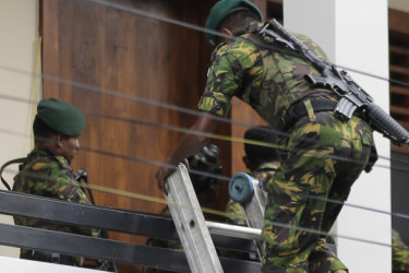 Commando raid on 'hideout' leads to more explosions in Colombo