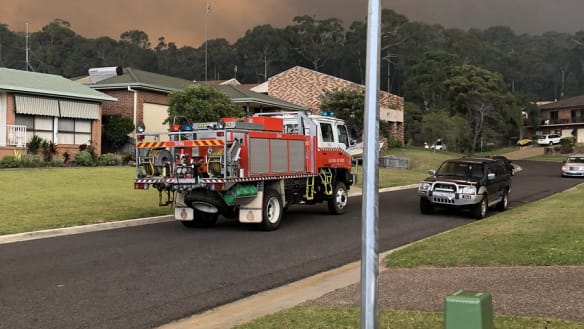 NSW residents told it's too late to leave as fire 'destroys' properties