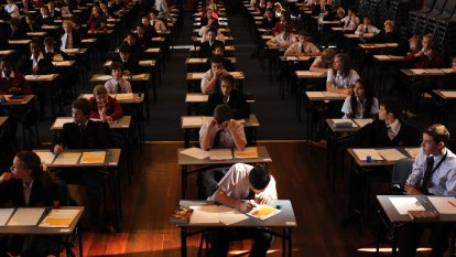 NAPLAN review calls for focus on improvement, not comparisons