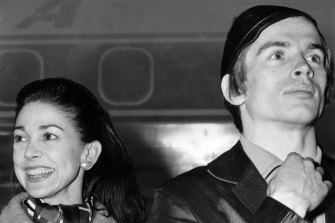 Dame Margot Fonteyn and Rudolf Nureyev arrive by air for their season at the Palais Theatre, St Kilda in 1964.