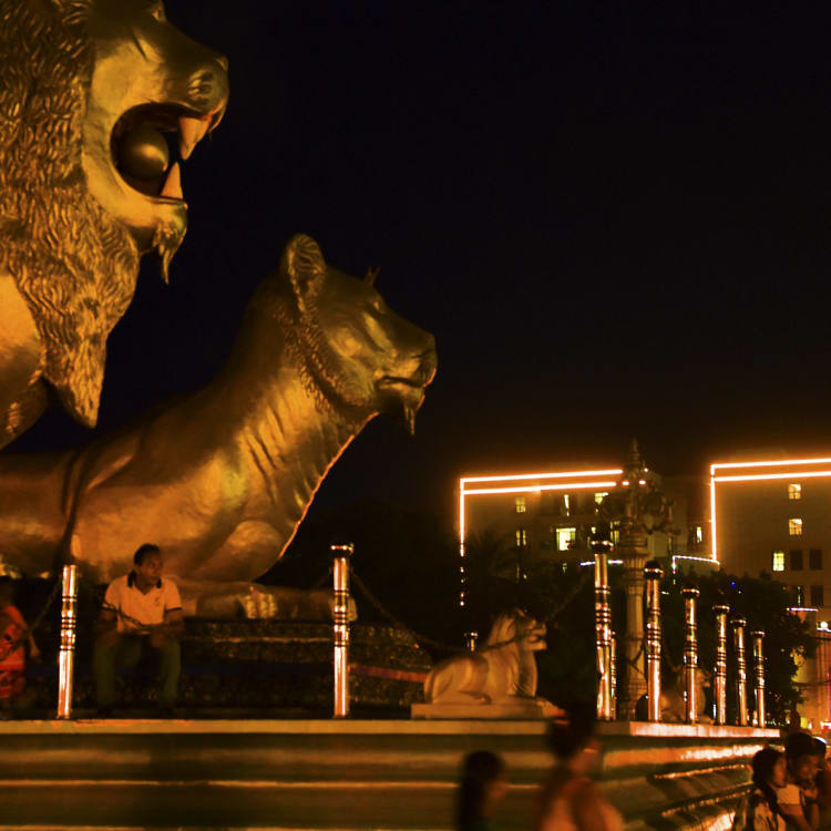Sihanoukville's Golden Lion monument and nearby JinBei casino.