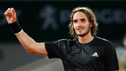 Stefanos Tsitsipas waltzes into French Open quarter-finals