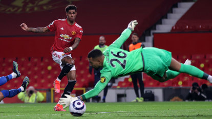 Man United fight back against Brighton to tighten grip on second place