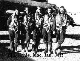 Bill McRae (centre) with Wellington bomber crew.