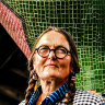Sculptor who helped create Melbourne's identity awarded OAM