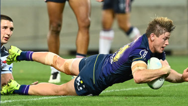 Harry Grant scored a try only two minutes after clashing heads with James Tedesco.