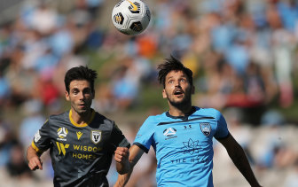 Milos Ninkovic of Sydney FC had minimal impact.