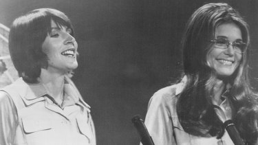 "Helen Reddy with journalist and activist Gloria Steinem on the ""Helen Reddy Show"" in 1973."