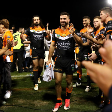 Aaron Woods and James Tedesco play their last game for the club back in 2017.