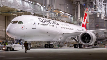 Qantas' new 787-9 Dreamliners will operate the 19-hour flights.