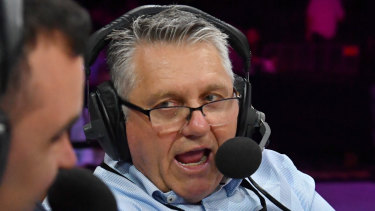 Radio host Ray Hadley has been threatened with legal action over his on-air claims about Blue Mountains City Council.
