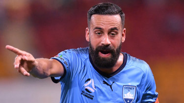 Alex Brosque is hanging up his boots, much to the disappointment of his teammates.