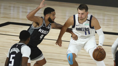 NBA round-up: Mavs nip Kings in OT, Clippers, Bucks lose