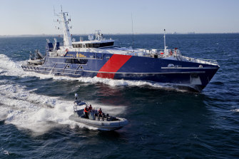 Austal's top US executive has resigned after an external probe found funds had been misallocated and parts installed incorrectly.